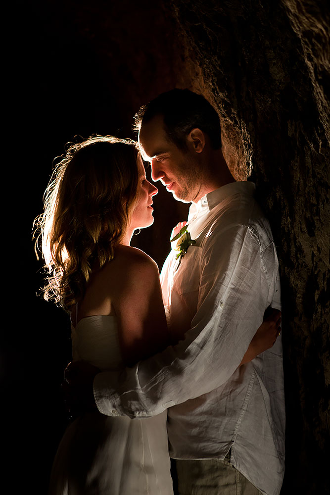 bride & groom in tunnel